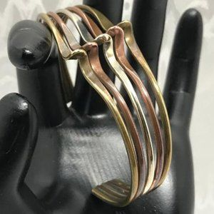 Vintage 1970's 5 Band Wave Motif Cuff Bracelet